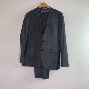 Express photographer gray 2 button suit 42L 34/32